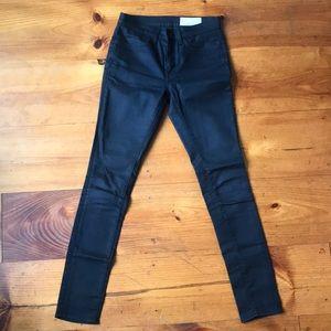 Imogene + Willie black/blue jeans sz 27